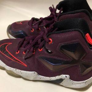 "Nike Lebron James ""written in stars"" size 13c"